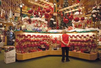 Bronners Christmas Ornaments.Jacki Edwards Ornament Artist Jacki Edwards Frankenmuth
