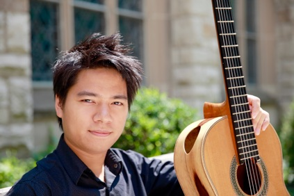 A brilliant new classical guitarist from VietNam